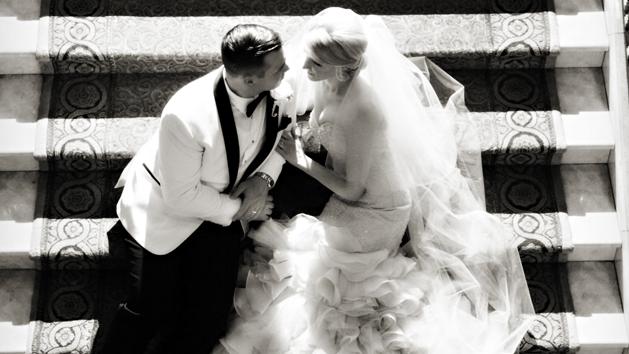 Caesars Palace Las Vegas Weddings Couple On Steps Las