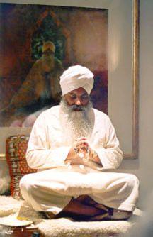 yogi-Bhajan  c67d21f180f5