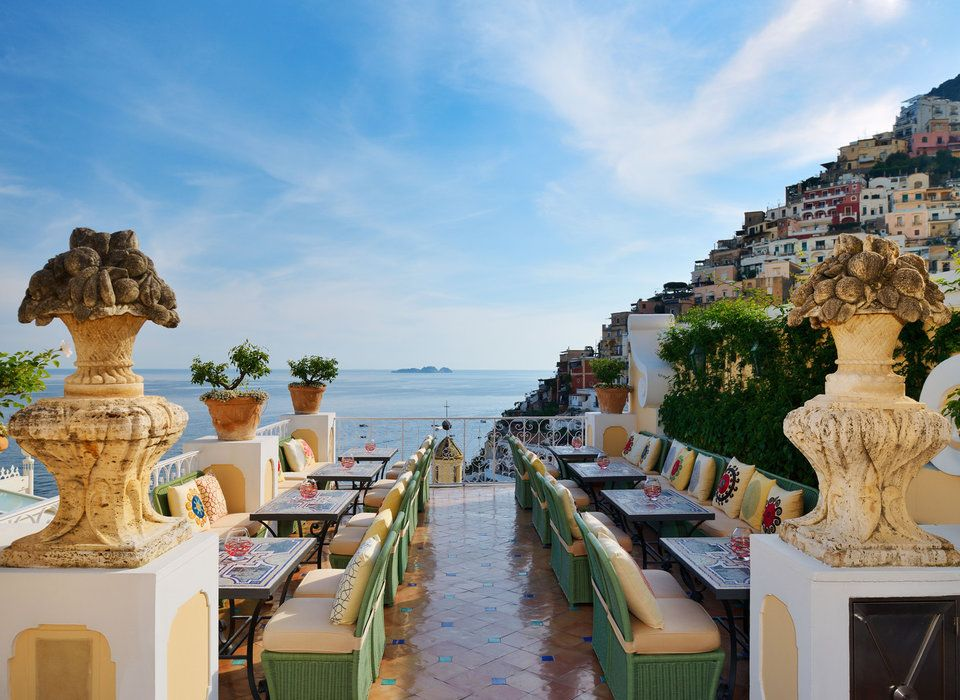 Hotels In Our Favorite Honeymoon Destinations