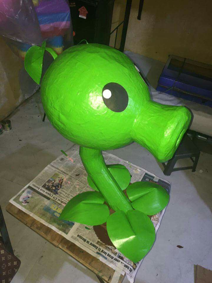 Pea shooter plant vs zombie customized piñata