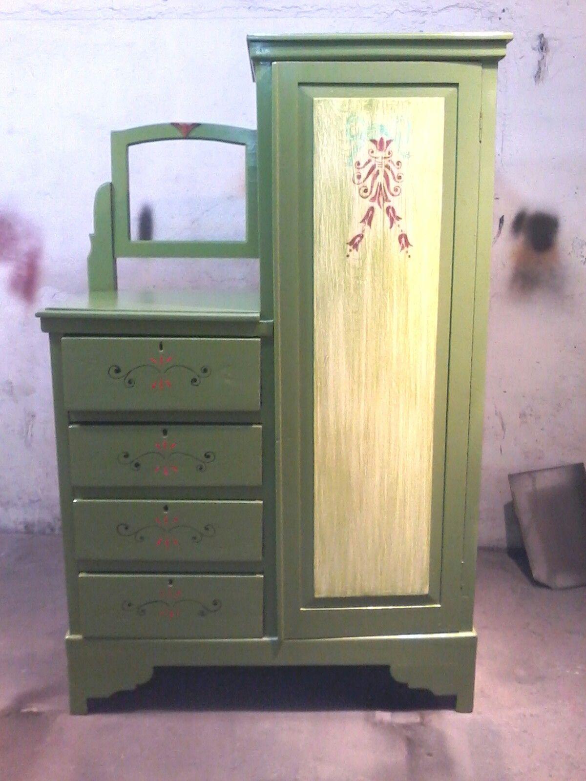 Ropero antiguo de cedro pintado y restaurado   Todo hogares ...