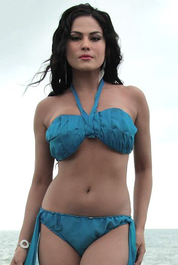 Veena Malik bikini navel show Height, Weight, Age, Body Measurement, Wedding, Bra Size, Husband, DOB, instagram, facebook, twitter, wiki