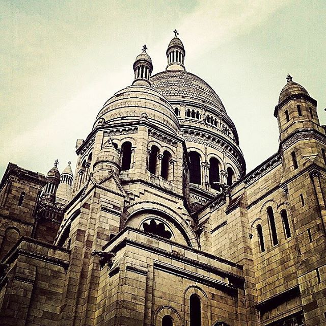 Sacre-Coeur in Paris, France is one of Europe's most famous churches, dating back to the start of the First World War. by travelexx_uk. design #ngtuk #sacrecoeur #monmartre #loveparis #europe #basilica #travelphotography #globetrotter #igtravel #ig_france #lp #french #letsexplore #igersfrance #wanderlust #city #paris #france #passport #natgeotravel #citybreak #bucketlist #church #architecture #instatravel #lppostcards #travelgram #photooftheday #travel #eventprofs #meetingprofs #popular…