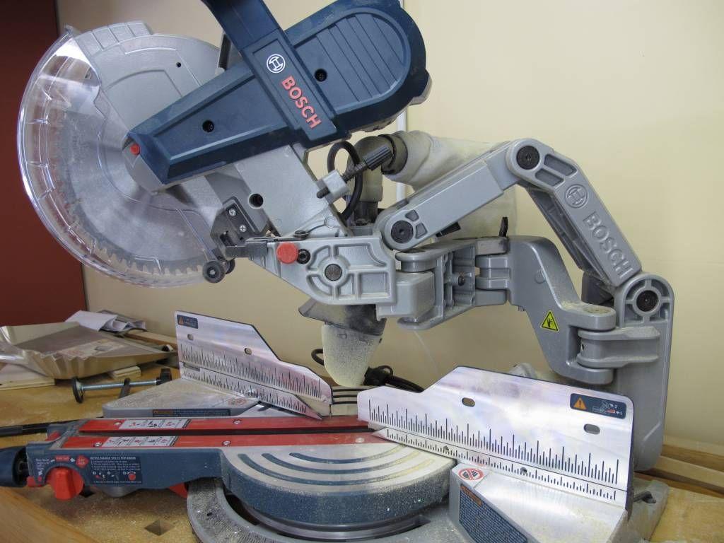 Bosch Cm10gd Axial Glide Compound Miter Saw Review Miter Saw Reviews Saws Sliding Compound Miter Saw