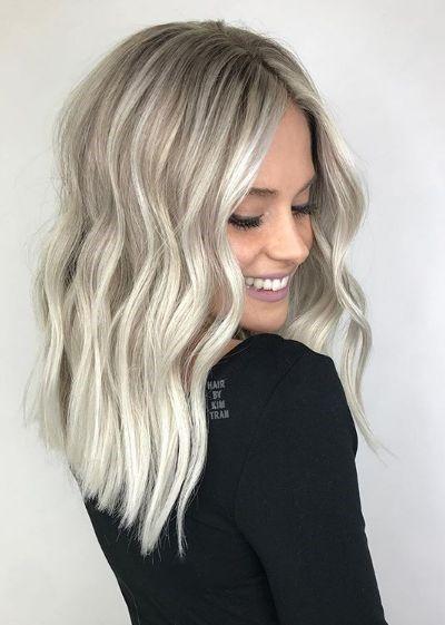 Ash Blonde Sombre Lob Beach Waves Blonde Inspiration Highlights Hair Styles Blonde Hair Colour Shades Cool Blonde Hair