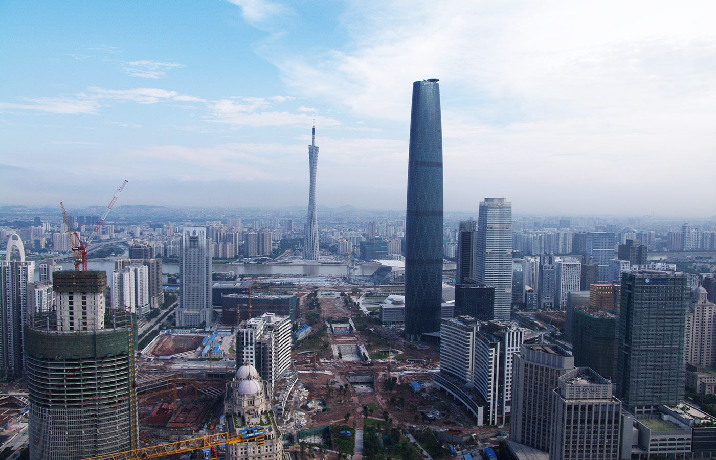 WEEK2- Guangzhou is one of the mega city in the world  It has some