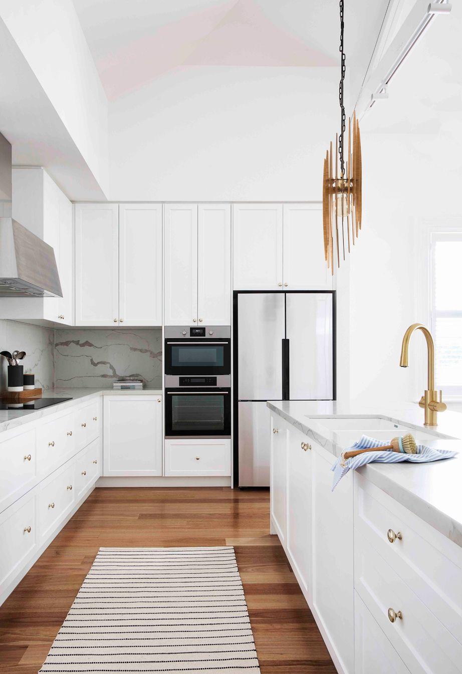 9++ Modern white kitchen ideas in 9   LivingRoomReference