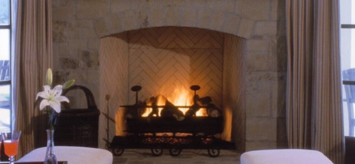 These gas logs are made to impress and are an energy saver due to the fact that they are combined with high efficiency variable technology, which uses less BTU's while achieving more flame.