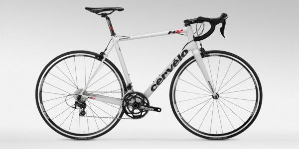 Cervelo Hits More Affordable Price Point With New R2 Road Bike Classic Road Bike Bike Road Bike