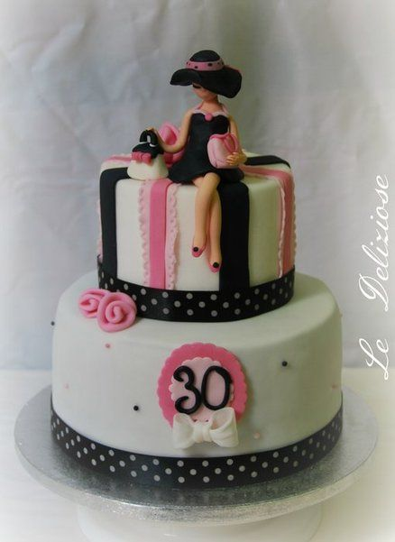 Tres Chic Cake By Ledeliziose In 2019 Cake 30th