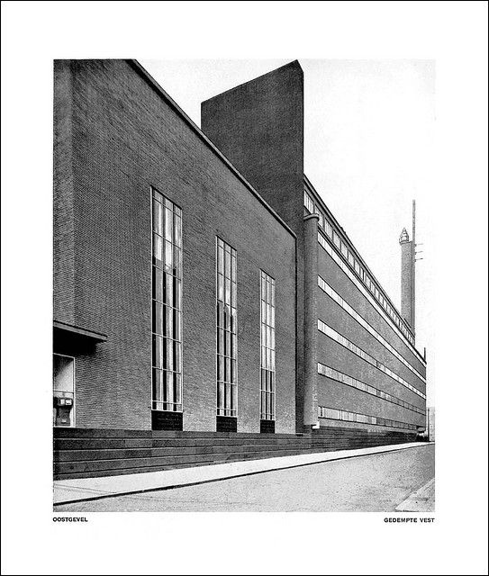 Wendingen 1930-08 Page 13 (met Afbeeldingen)