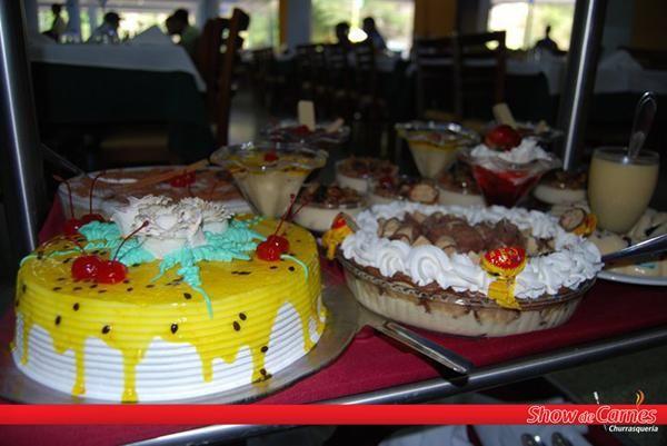 ¡Increíble variedad de postres! #Food #Dessert http://www.facebook.com/Showdecarnes