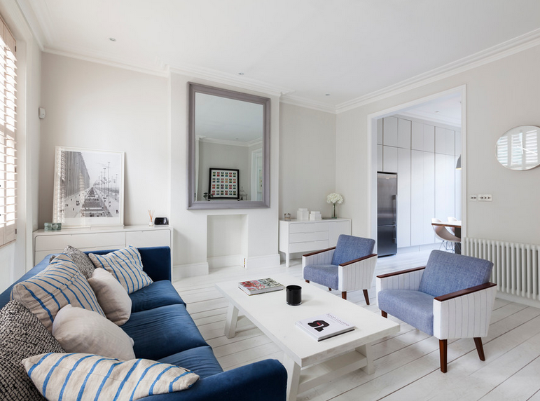 Awesome Livingroom In Notting Hill Maisonette With Large Mirror. Blue Velvet Sofa,  Blue Armchairs. Very White, Very Nautical! Vitsoe Shelves. Wooden Plantain  ...