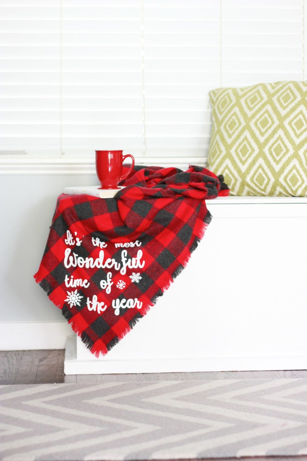 flannel no sew blanket with cricut home d cor sewing blanket rh pinterest com