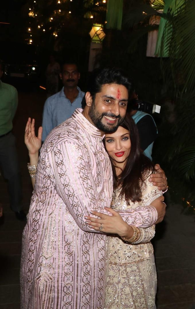 Abhishek Bachchan And Aishwarya Rai Bachchan At The Bachchans