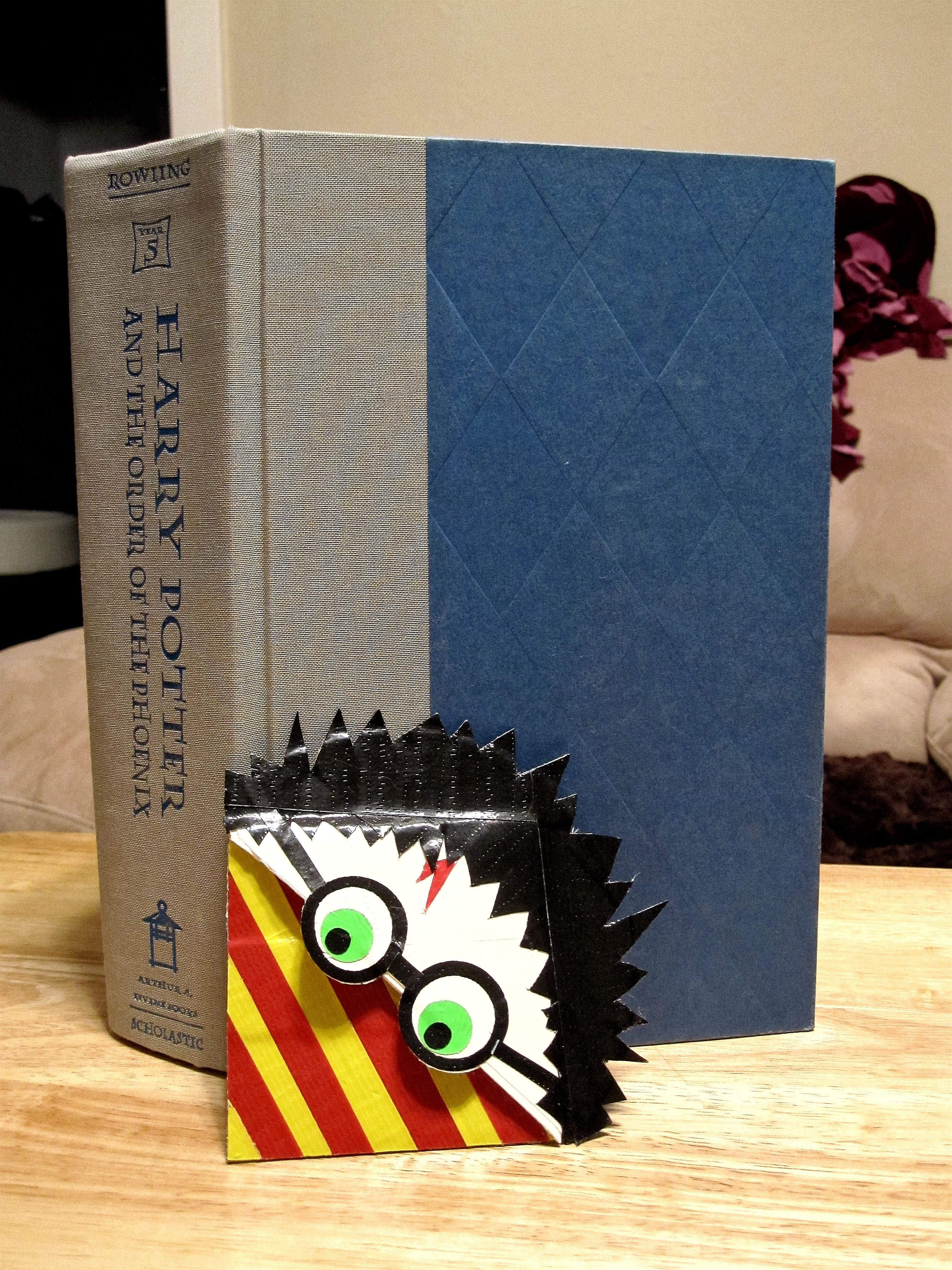 My harry potter page corner book mark entirely duct tape for Duck tape craft book