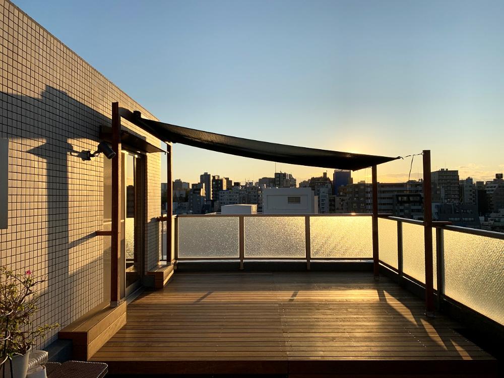 ルーフバルコニー シェード Google Search In 2021 Mansions Stairs Terrace
