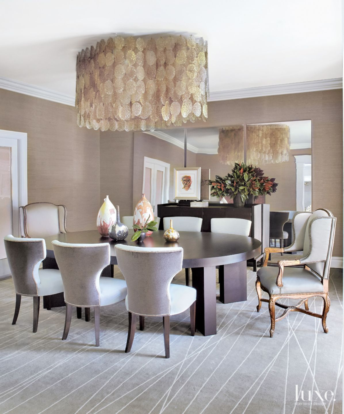 Traditional Neutral Dining Room #traditional #neutral #design Simple Dining Room Traditional Decorating Design