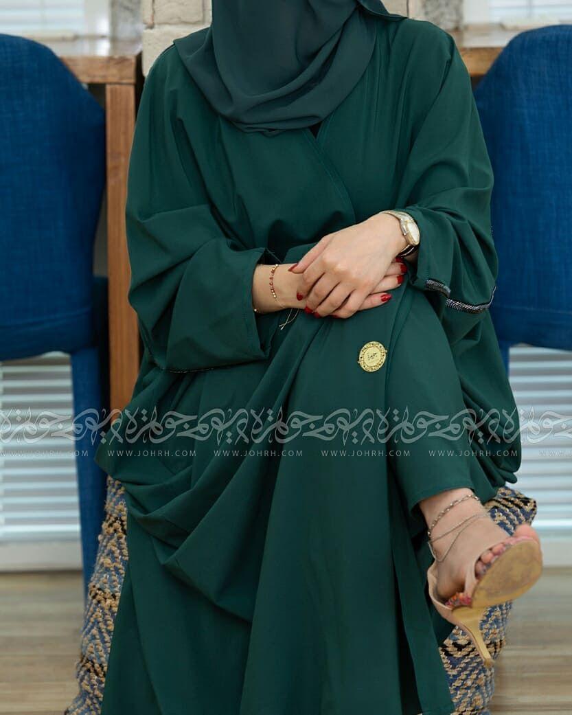 عباية بشت بلون زيتي رقم الموديل 1575 السعر بعد الخصم 240ريال متجر جوهرة عباية عبايات ستايل عباية Fashion Hijab