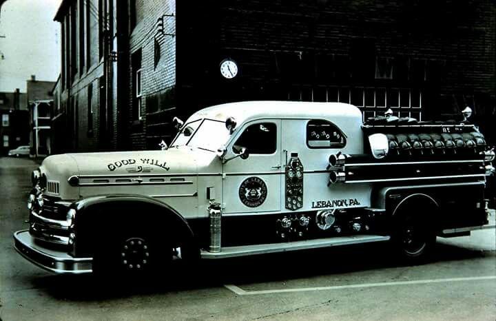 1953 Seagrave fire engine