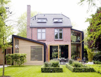Altbau jugendstilvilla modern saniert house extensions for Haus anbau modern