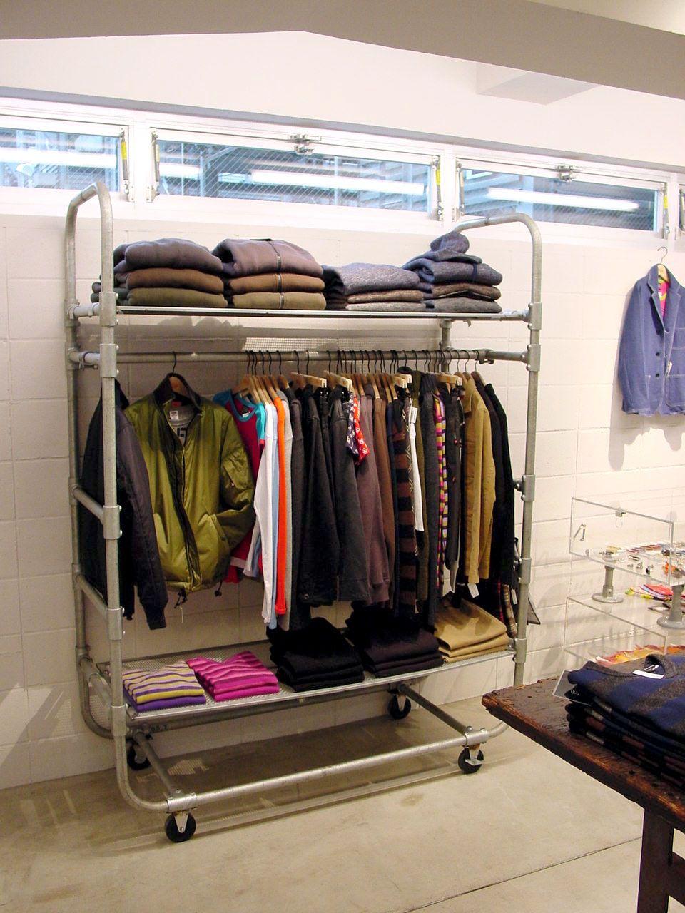 39 Diy Retail Display Ideas From Clothing Racks To Signage Simplified Buildingrssfacebooktwitteryoutubelinkedininstagr Diy Clothes Rack Rolling Clothes Rack