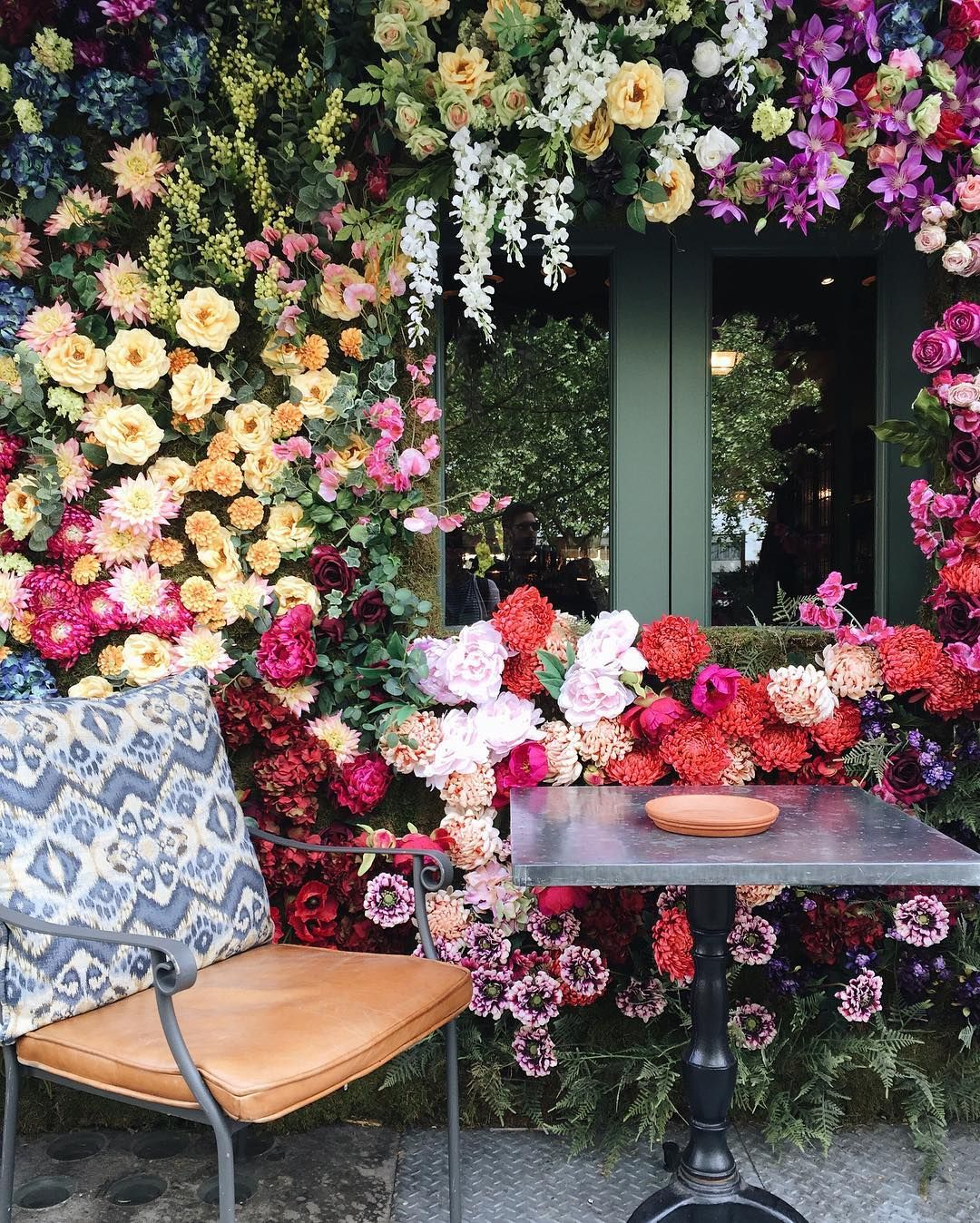 seaofatlas Chelsea garden, Flowers for everyone, The