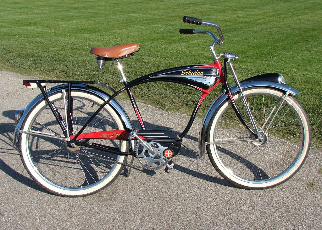 Bikes Motorbikes Image By Victor Martinez Schwinn Bike Bicycle Schwinn Bicycles
