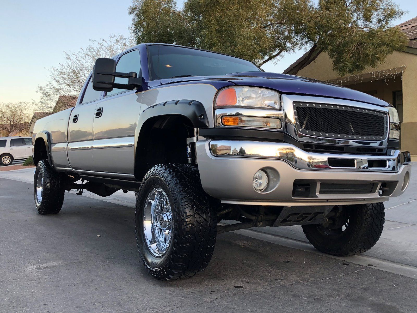 solid rust free 2004 GMC Sierra 2500 SLE monster truck