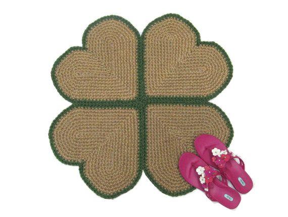 Four Leaf Clover Jute Rug  Natural Fiber Rug  Heart por Exotiflora