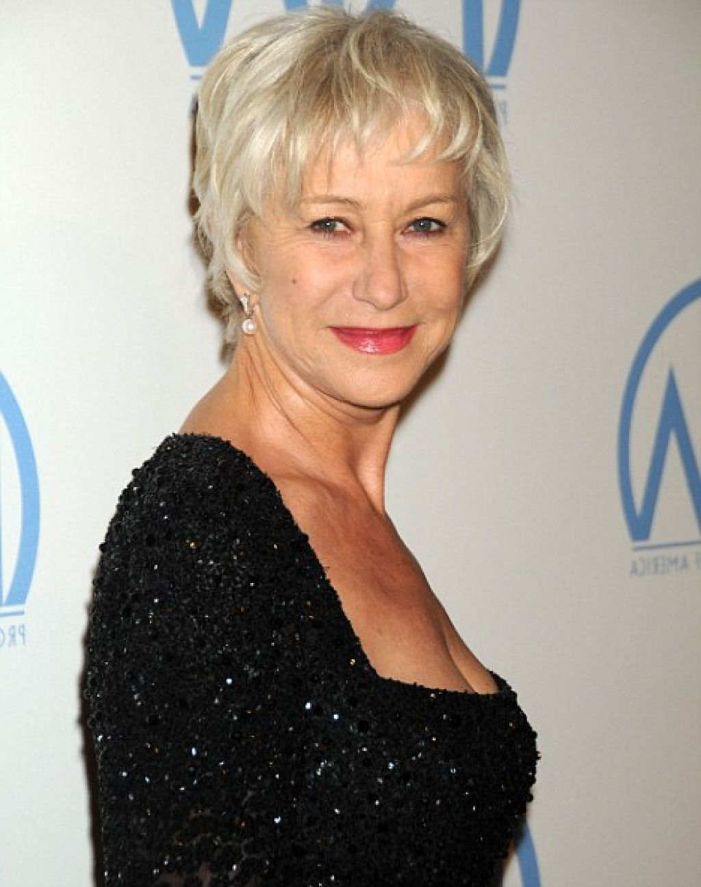 Helen Mirren Pixie Haircut This Style Is Using Short Hair And Fine