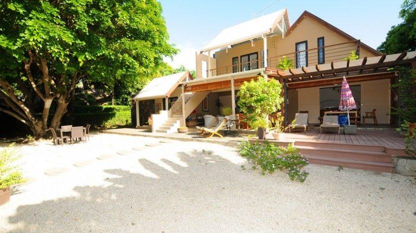 villa à Rivière Noire Ile Maurice avec piscine privée à louer - location maison cap d agde avec piscine
