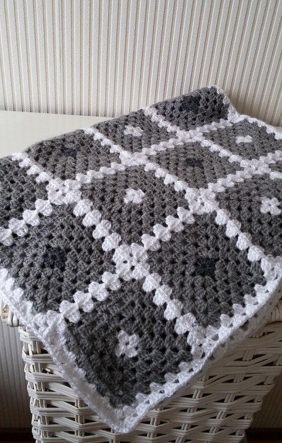 PDF Crochet baby blanket pattern,granny square baby blanket,Back to basicbaby blanket,Homemade Babyshower Gift,Baby afghan,Newborn blanket #babyblanket