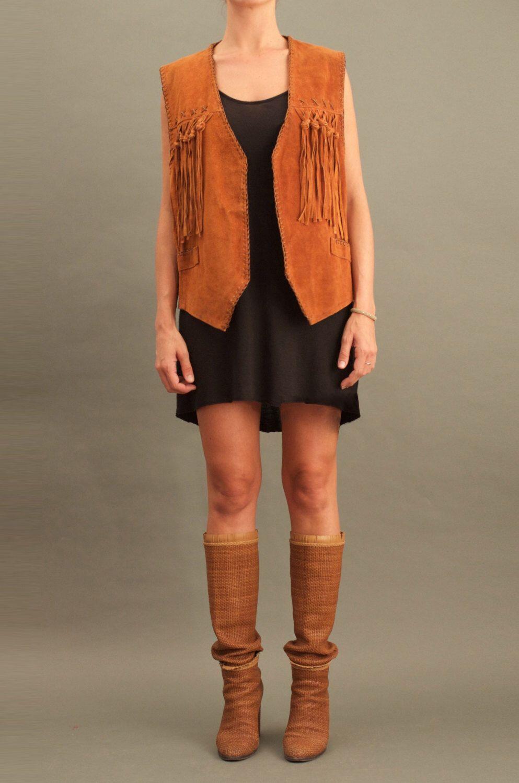 Vintage Fringes Suede Vest https://www.etsy.com/listing/251893003/vintage-fringes-vest #vintage #vest #70s #fashion #clothing #style #leloopas #fringes