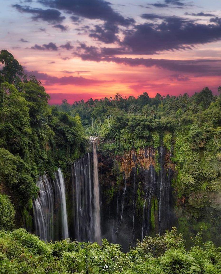 Sunset And Waterfalls Air Terjun Tumpak Sewu Ampel Gading Jefrilay Scenery Waterfall Photo Waterfall