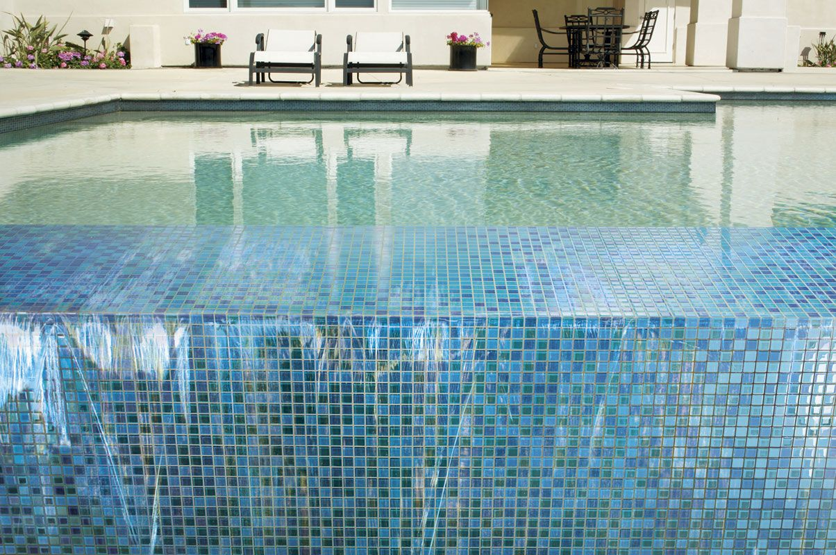 Mosaic Glass Blox Tile Pool Design With Rectangular Shape With