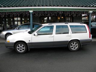 New Cars Used Cars For Sale Car Reviews And Car News Volvo Wagon Volvo V70 New Cars