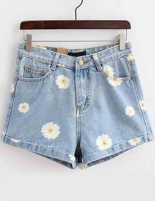 a75b3df5565e8 Light Blue Daisy Print Denim Shorts -SheIn(Sheinside) | I NEED IT in ...