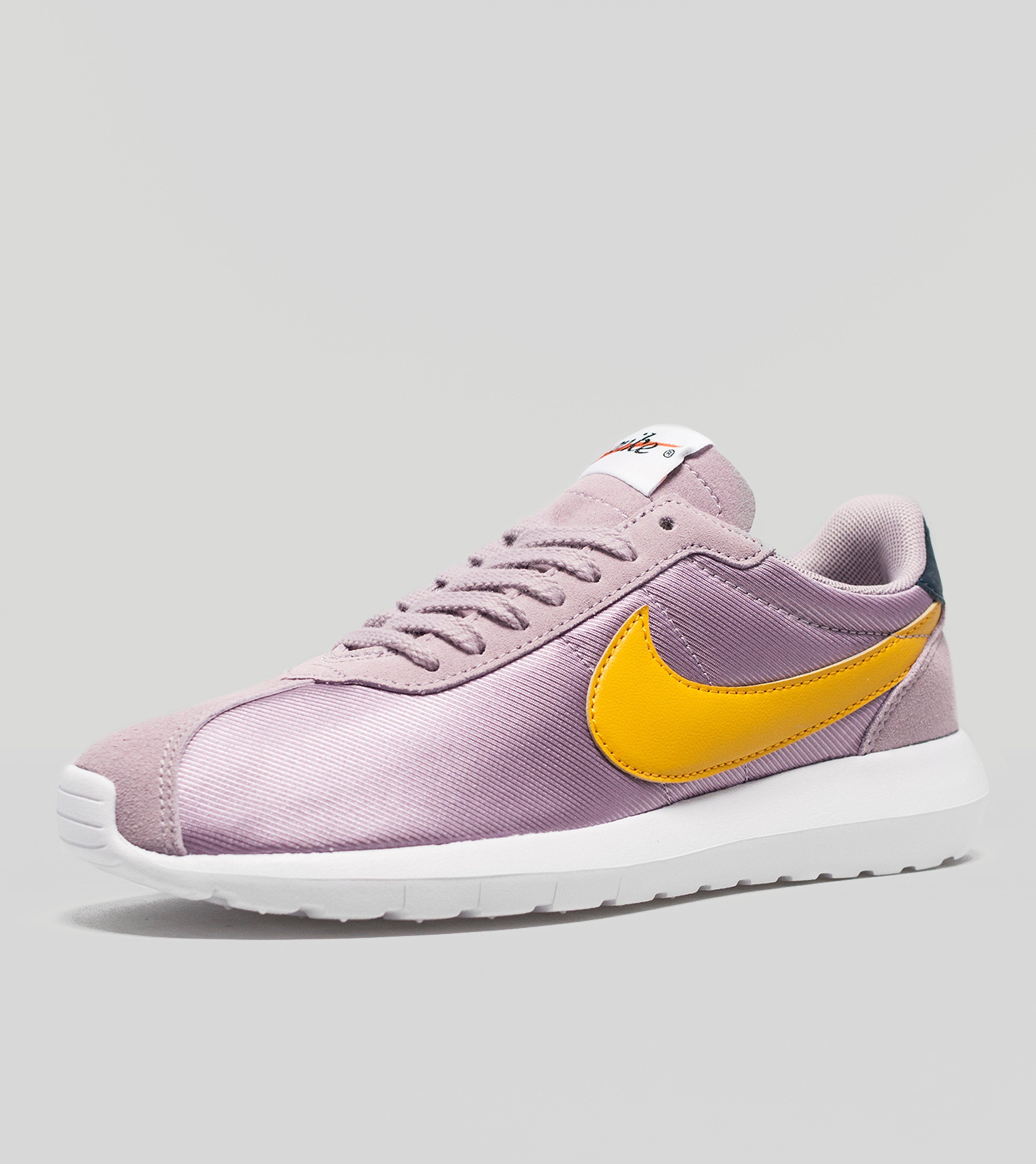nike roshe 1000 womens clothing