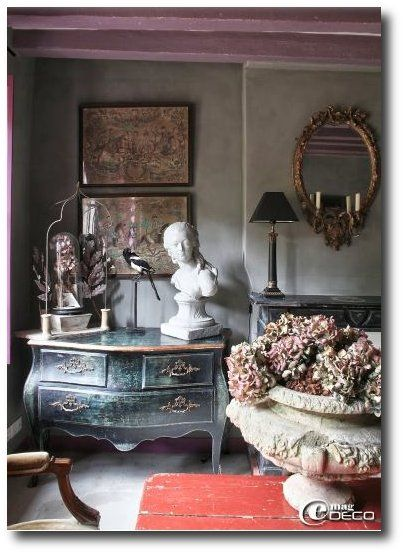 Keywords:Provincial, French Provincial, French Provence, French Decorating, French Furniture, Painted Furniture, Distressed Furniture, 18th Centuy, France, Rustic Homes, Period Homes