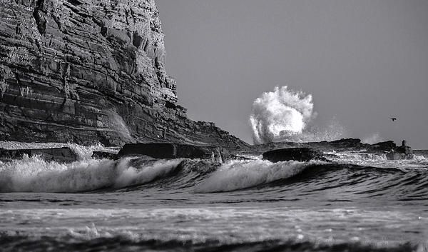 Beautiful Cabrillo Beach in San Pedro California. #Coastphotography #blackandwhite #photography #waves #fineart