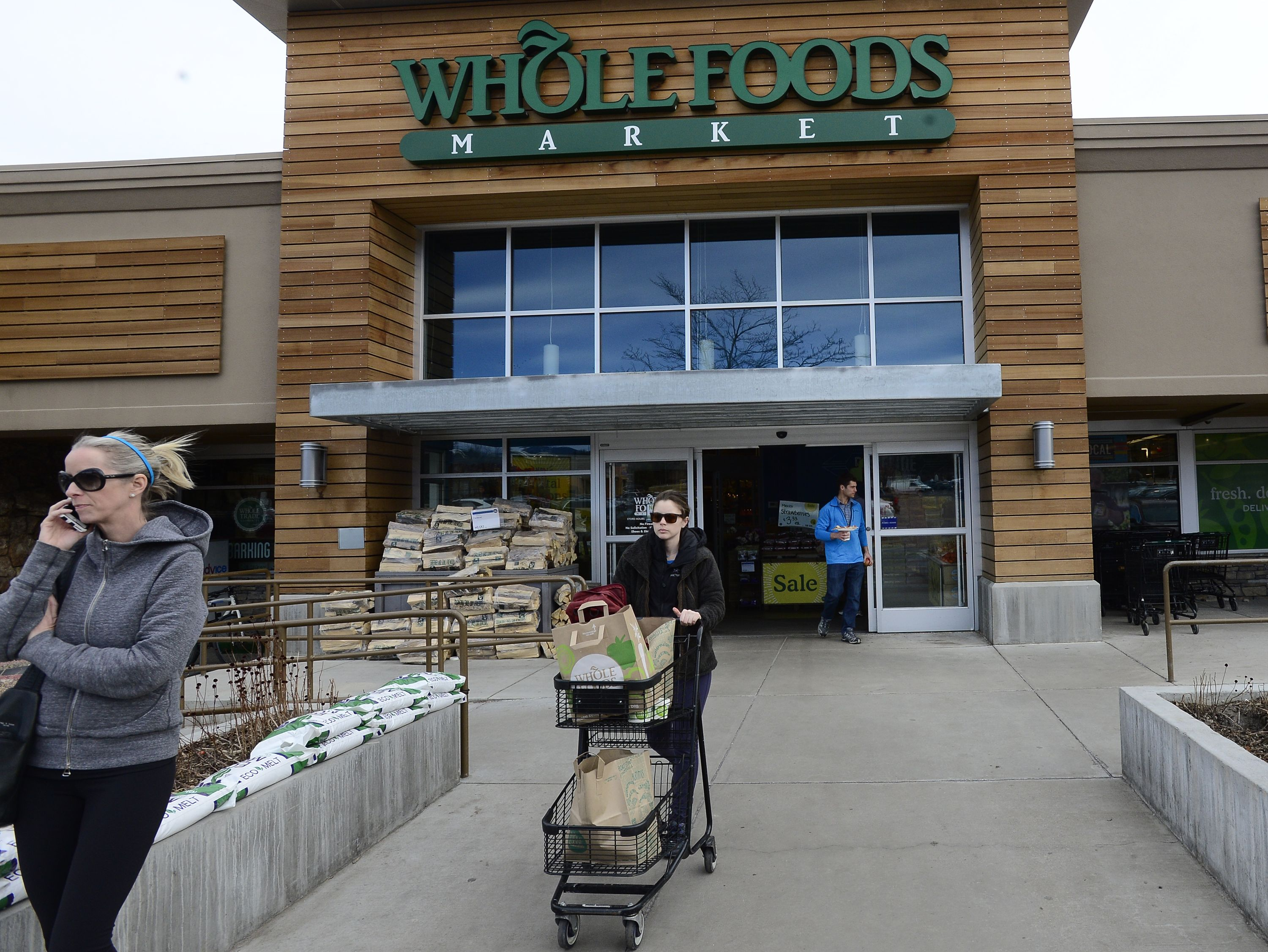 Whole Foods to close 9 stores, including 2 in Colorado