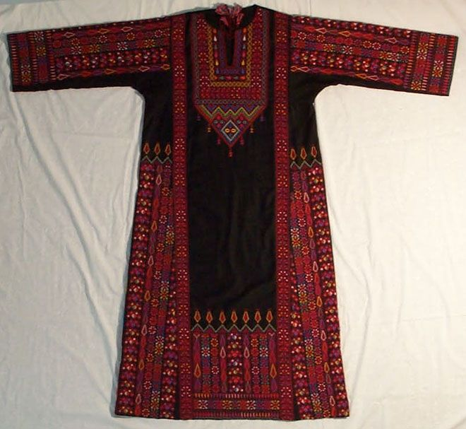 Traditional palestinian embroidered dress thobe