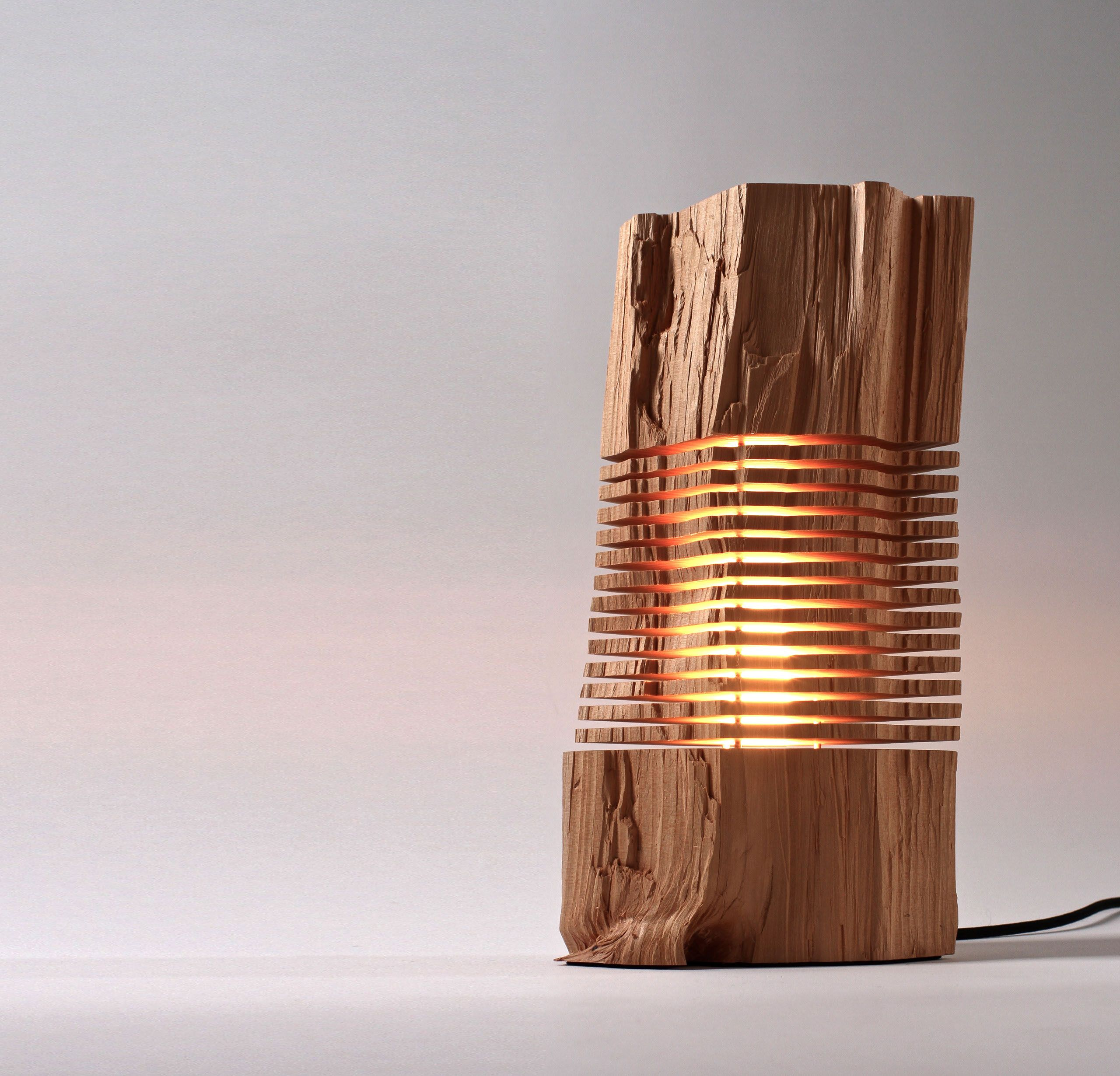Deckenlampe Holz Design Paul Foeckler 39s Beleuchtete Skulpturen Der Quotsplit Grain