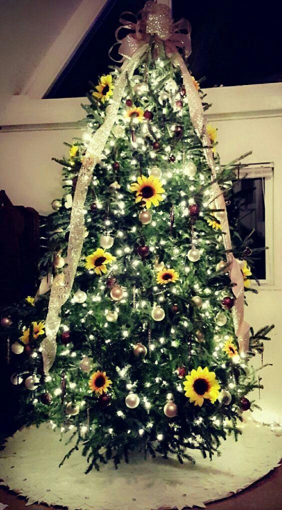 Sunflower Christmas Tree Christmas Tree Decorations Christmas Tree Themes Green Christmas Tree Decorations