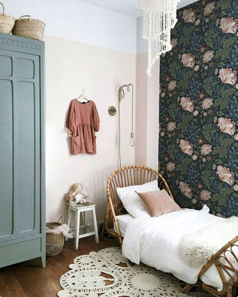 vintage daybeds child style wanted bedroom Pinterest Bedroom