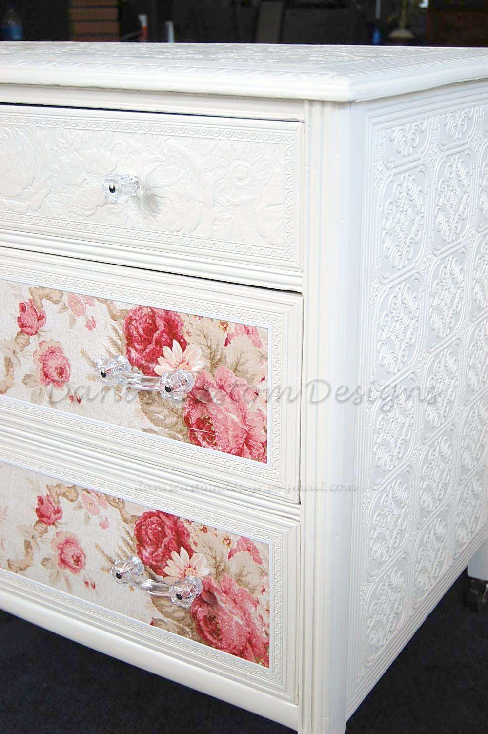 Storkcraft Kenton 5 Drawer Universal Dresser Shabby chic