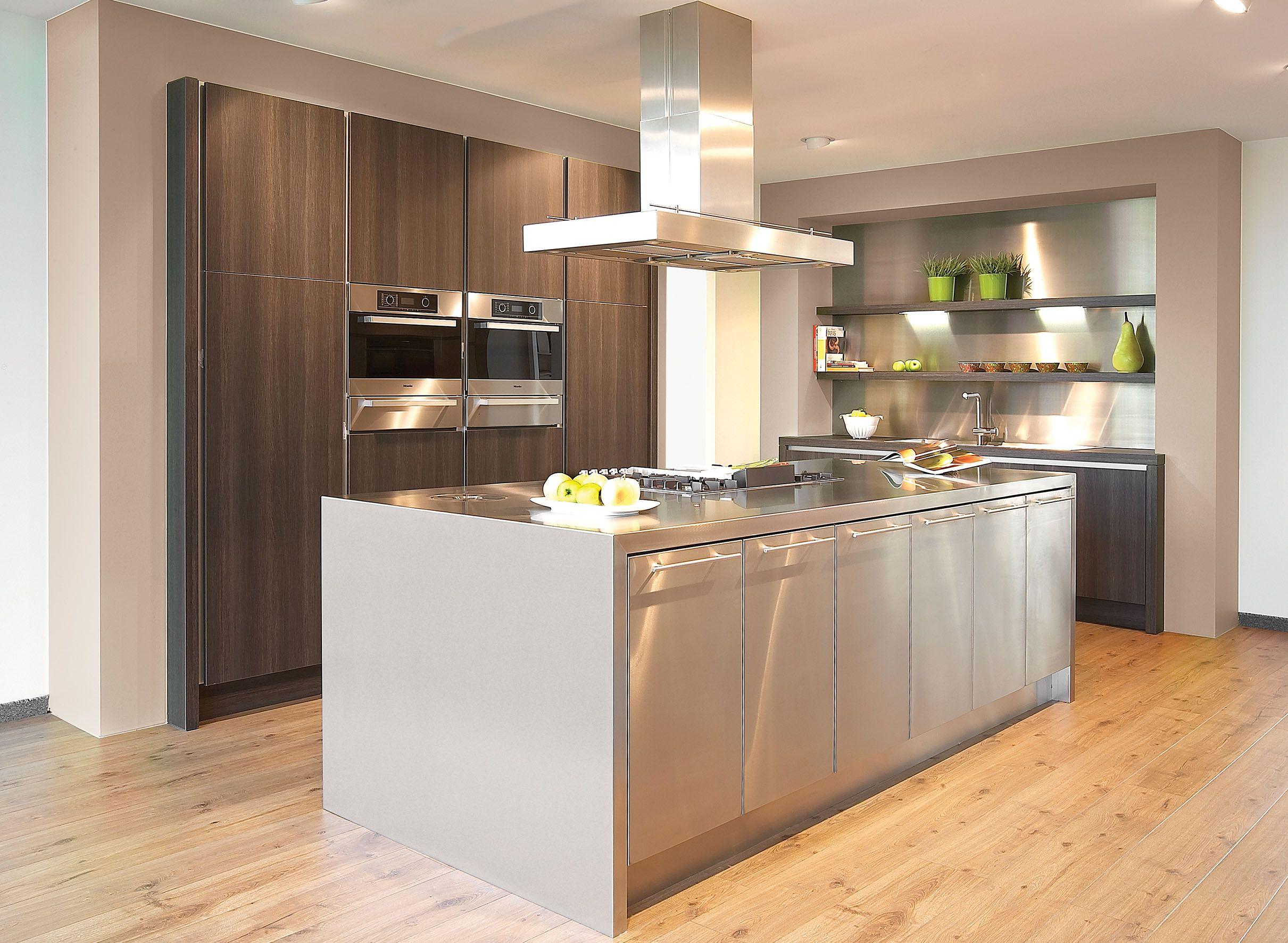 Onmiskenbaar een keuken van grote klasse, stijlvol en zelfzeker ...