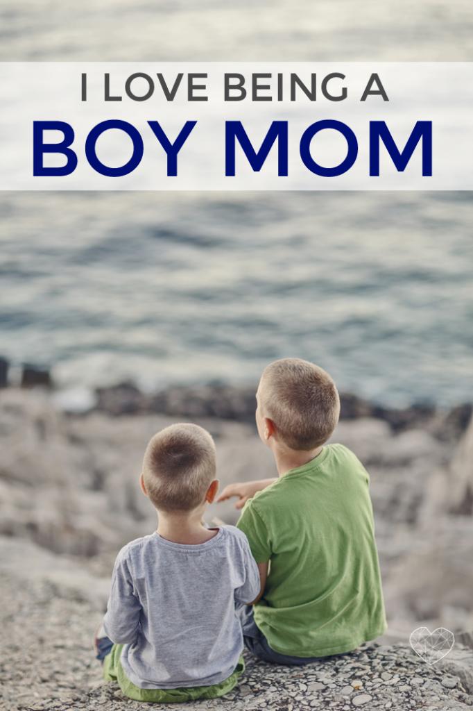 Boys And Mom Com