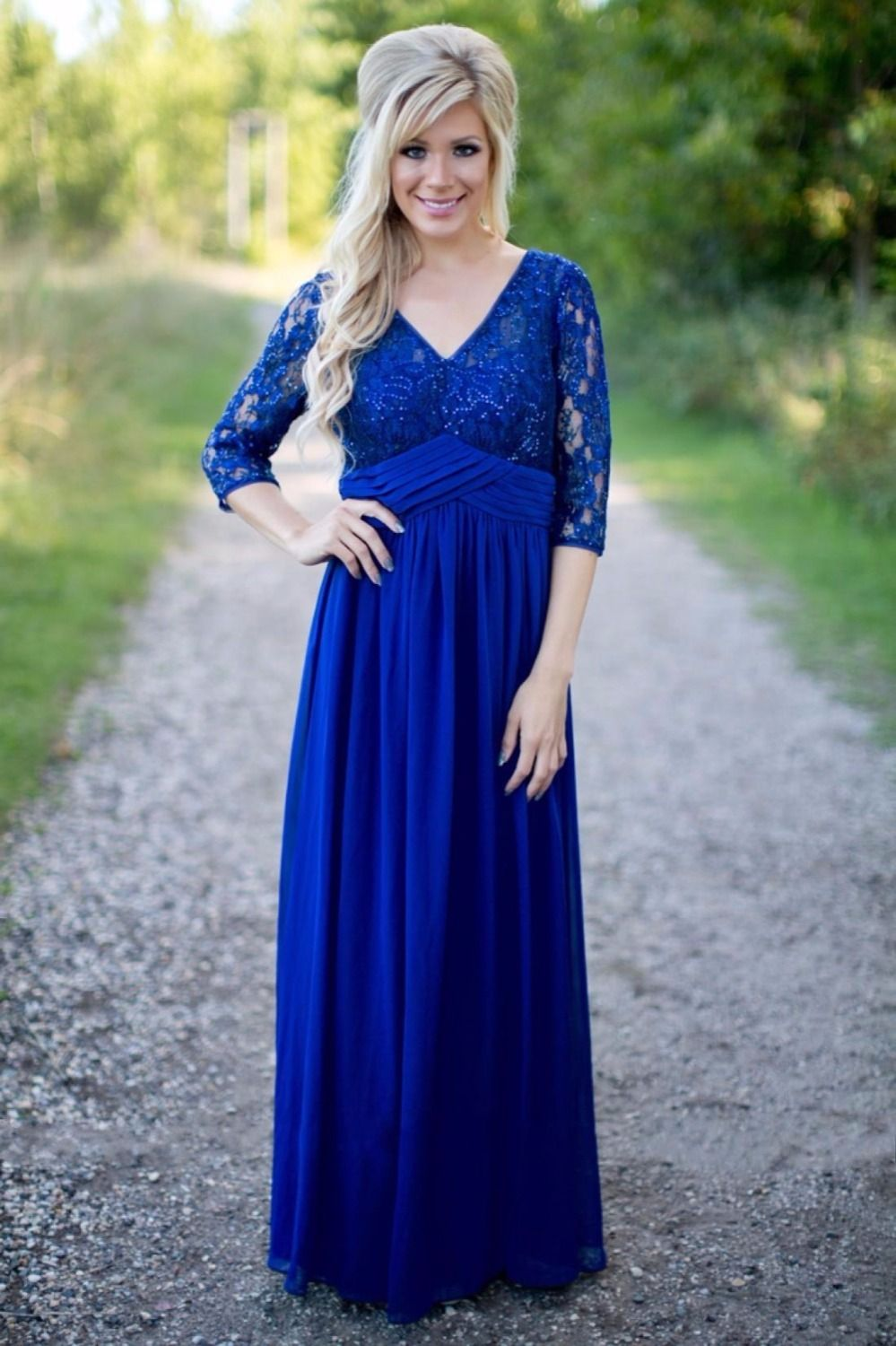 Country Royal Blue Long Modest Bridesmaid Dresses With Sleeves V Neck Lace  Top Chiffon Skirt Rustic 14e35a77bdbf